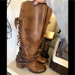 Freebird Cognac rear lace boots